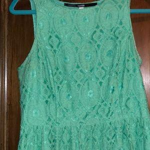 Juniors lace dress
